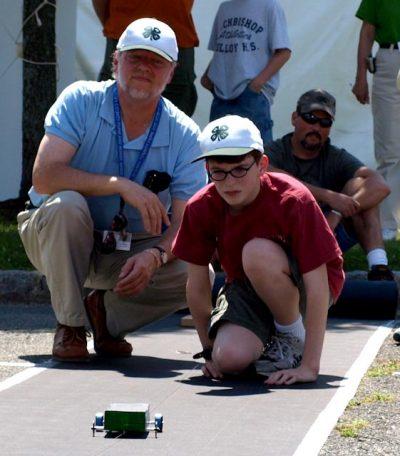 father son_solar car race